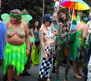 t4evTE2_IKxoW0_Hippie-Festival